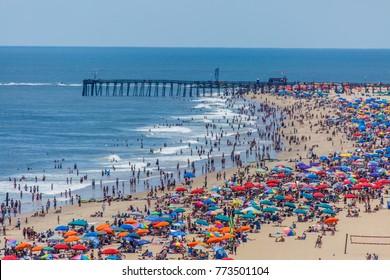 Переполненный пляж в Оушен-Сити, MD