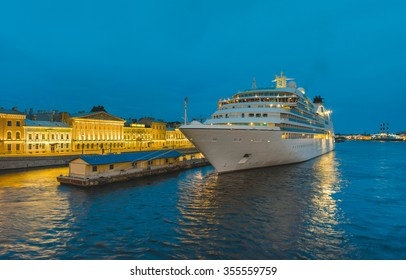 Cruise liner moored at the pier at English Embankment. The White Nights in St.-Petersburg, Russia