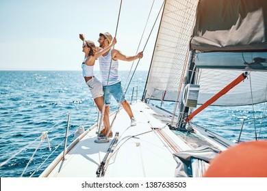 Cruise ship holiday travel vacation – Happy couple enjoying in cruise