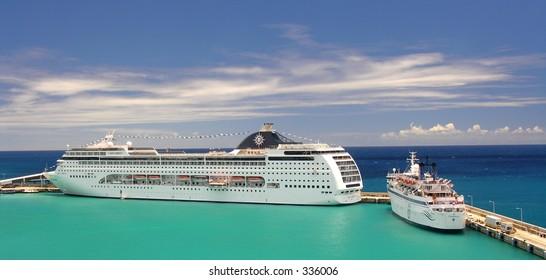 The cruise terminal in Bridgetown / Barbados