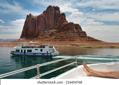Lake Powell Houseboat Images Stock Photos Vectors