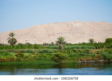 Cruising the river Nile Luxor to Aswan with Pharaoh sightseeing stops