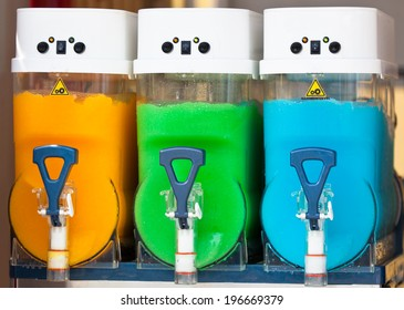 Crushed Fruit Ice Drink Dispensers with Color Refreshments