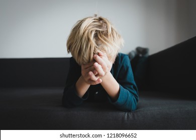 crying child, stress and depression, sadness, abuse