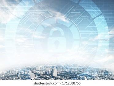 Kryptographie und Verschlüsselungsalgorithmus. Risikomanagement und professioneller Schutz. Virtual Padlock-Hologramm auf dem Hintergrund der Skyline der Stadt. Innovative Sicherheitslösung für Unternehmen.