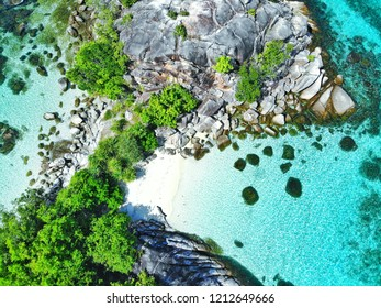 Crystal clear sea water At Koh Lipe, Thailand