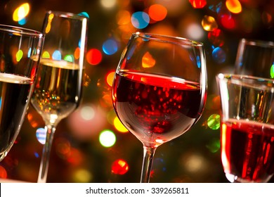 Christmas Drinks Alcohol.Imagenes Fotos De Stock Y Vectores Sobre Christmas Drink