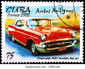 CUBA - CIRCA 2002: A stamp printed in Cuba showing vintage car, circa 2002