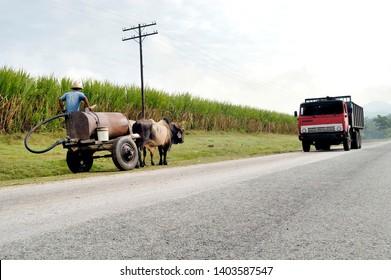 Cuba, Pinar del Rio Region, Viñales (Vinales) Area. Highway A4. Horse-drawn Cart using a Highway