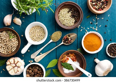 Arab ingredients middle eastern food arabic imagen de archivo stock culinary background with spices on wooden table forumfinder Gallery