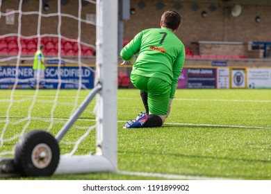 Culver Road, Lancing, UK; 30th September 2018; Rear View of Goalkeeper On One Knee During  Amateur Football Match Between Hillside Rangers FC v Horsham Crusaders FC