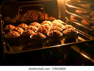 Cup cake in the hot oven