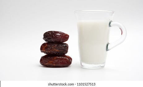 Cup of milk and dates for muslim to break fast. Sunnah thought