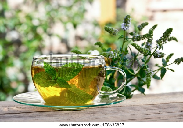 cup of tea with peppermint