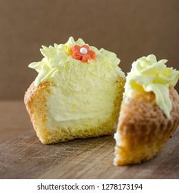Cupcake stuffed with cream, close up