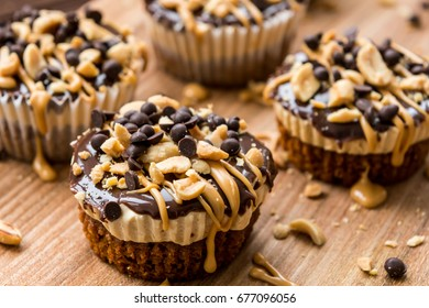 Cupcakes with peanut butter and chocolate