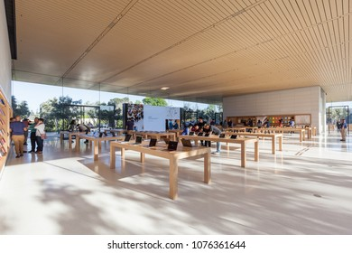 Apple Park Visitor Center Images, Stock Photos & Vectors