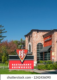 CUPERTINO, CA/USA - OCTOBER 20, 2018: BJ's Restaurant Brewhouse Sign. BJ's Restaurants, Inc. currently owns and operates 148 casual dining restaurants under the name BJ's Restaurant & Brewery.