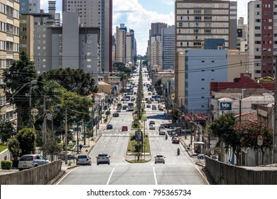 Curitiba, Brazil, January 03, 2018. Traffic of vehicles on Visconde de Guarapuava Avenue, in the central region of Curitiba in Parana State
