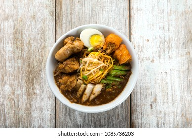 curry noodle flat lay