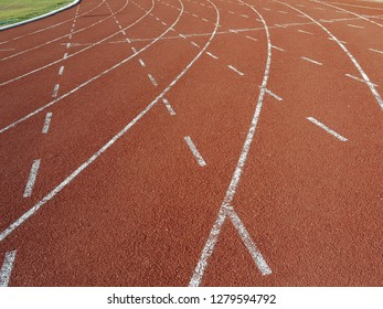 curve of running track lines.