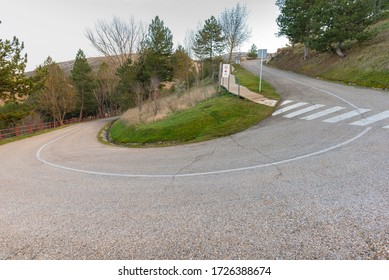 Curved road to Soria Parador (Soria, Spain).