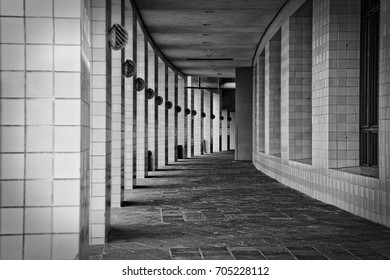 Curved Walkway
