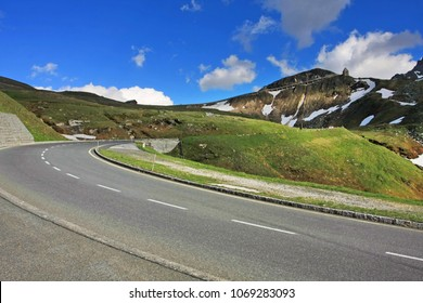 Curving road on Grossglockner hochalpenstrasse