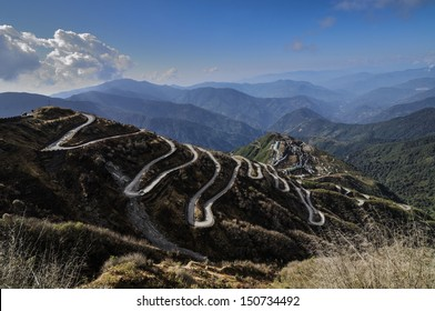 Curvy Roads on Old Silk Route, Silk trading route between China and India, Dzuluk, Sikkim