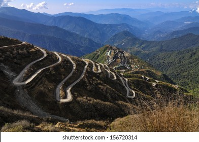 Curvy roads on Old Silk Route, Silk trading route between China and India, Sikkim