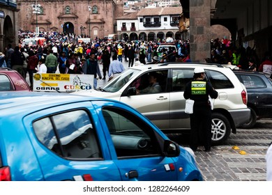 Cusco, Peru - June 15, 2015: Crowd And Trafic For Parade In Plaza De Armas