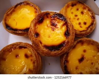 Custard egg tart