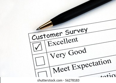 Customer fills in the feedback survey