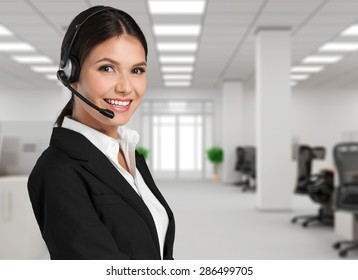 Customer, operator, helpdesk.