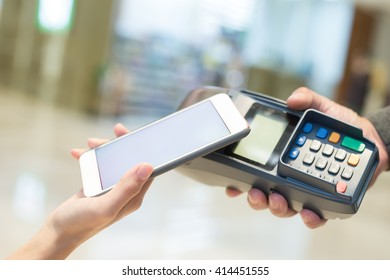Customer pay by cellphone with empty screen, great for your design
