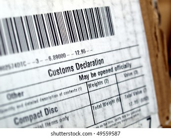 Customs declaration on a foreign packet parcel