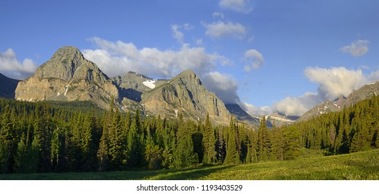 Cut Bank Creek Valley in the Rocky Mountains in Glacier National Park. Park is a World Heritage sites and located in the U.S. state of Montana, on the Canada–United States border.