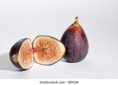 cut and whole fig