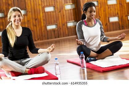 Teenage Yoga Images Stock Photos Vectors Shutterstock