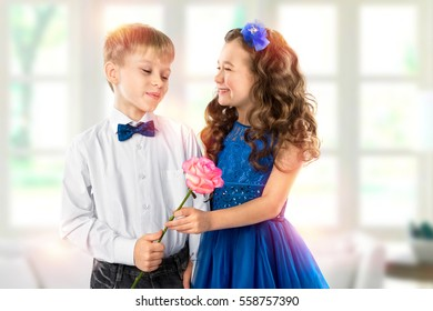 cb7fcb037f7f Cute Kids Two Twin Boys Gives Stock Photo (Edit Now) 575964100 ...