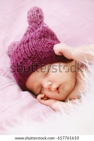 9ae8141ad Cute Sleeping Newborn Baby Hat Stock Photo (Edit Now) 617761610 ...