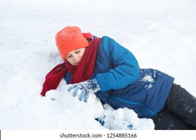 6b4d6eb891a9 children snow Stock Photos