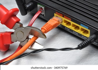 Cutting access to the internet, cable to the router