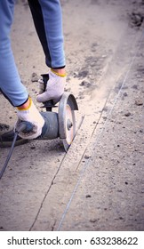 Cutting of asphalt by an electric tool with a special blade.