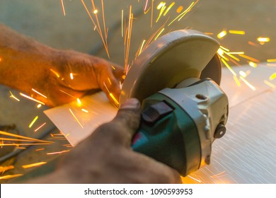 cutting steel with machine
