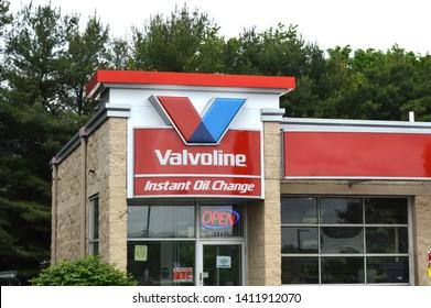 Cuyahoga Falls, Ohio-USA May 26,2019: Valvoline Instant Oil Change exterior and Logo. Valvoline Instant Oil Change provides automobile preventative maintenance.