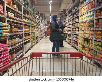 Cyberjaya, Malaysia. November 30, 2018. Customer browsing and making selection at Jaya Grocer Supermarket at D'Pulze Cyberjaya, Sepang, Selangor