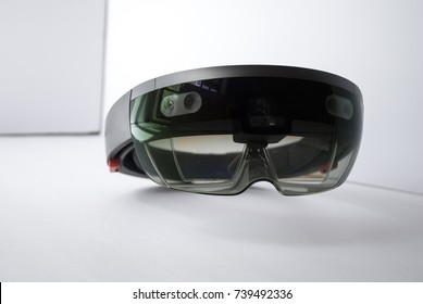 cyberspace device - smart glasses