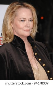 """Cybill Shepherd at the Los Angeles premiere of """"The Heartbreak Kid"""" at Mann's Village Theatre, Westwood, CA. September 28, 2007  Los Angeles, CA Picture: Paul Smith / Featureflash"""
