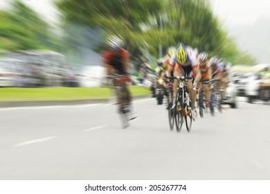 Cycling, motion blur